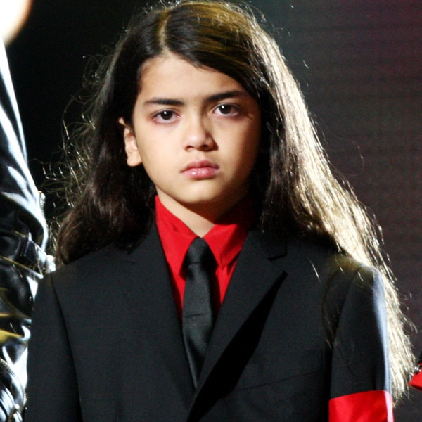 Covering Blanket Jackson Everything We Know About Michael Jackson S