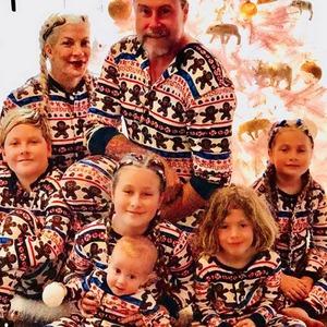 Tori Spelling, Dean McDermott, Christmas, Christmas 2017