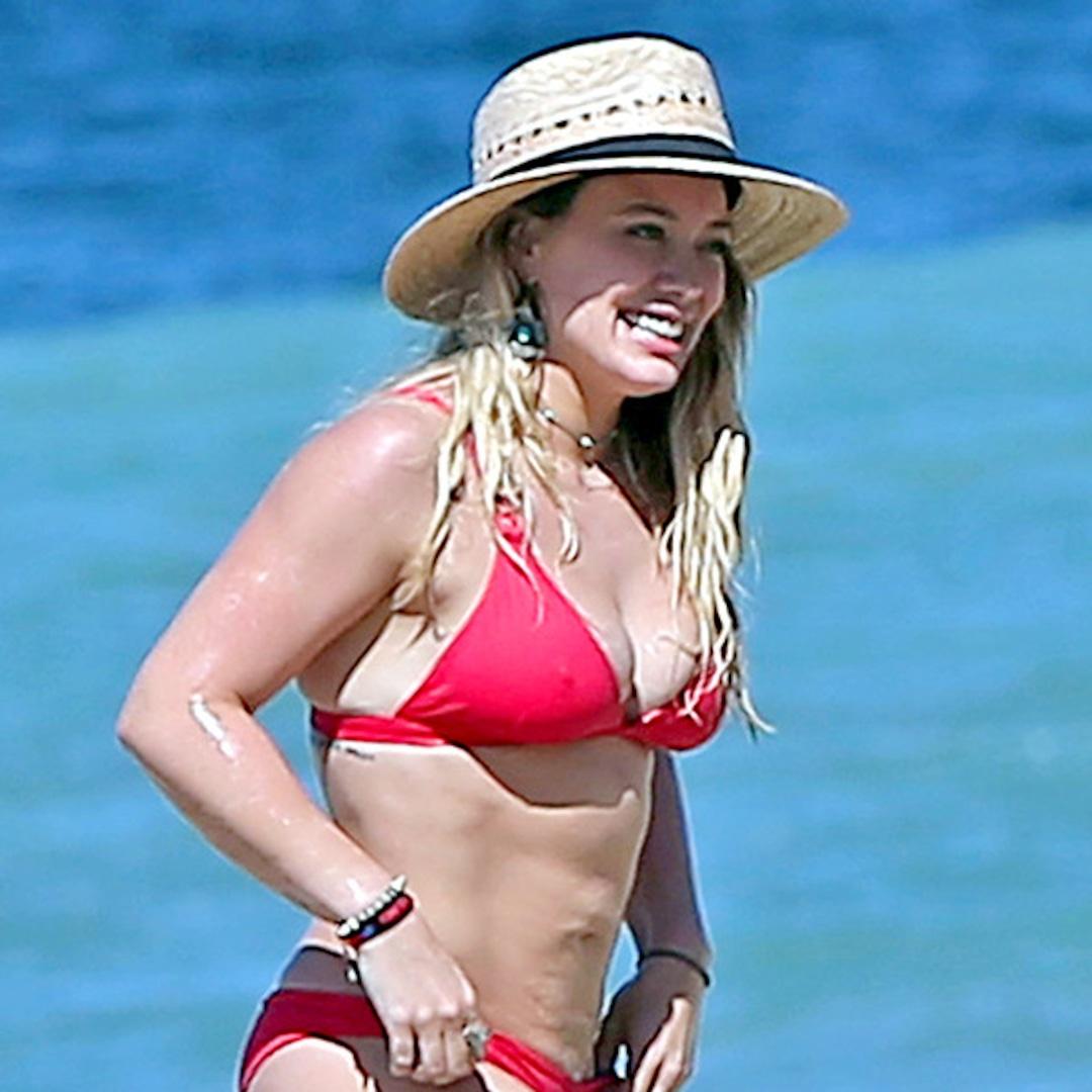 Duff bikini hilary Hilary Duff