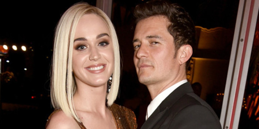Katy Perry and Orlando Bloom Have Fun in the Sun During Their Family Beach Day in Hawaii - E! Online.jpg