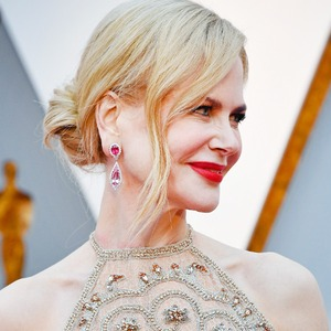 ESC: Nicole Kidman Candid