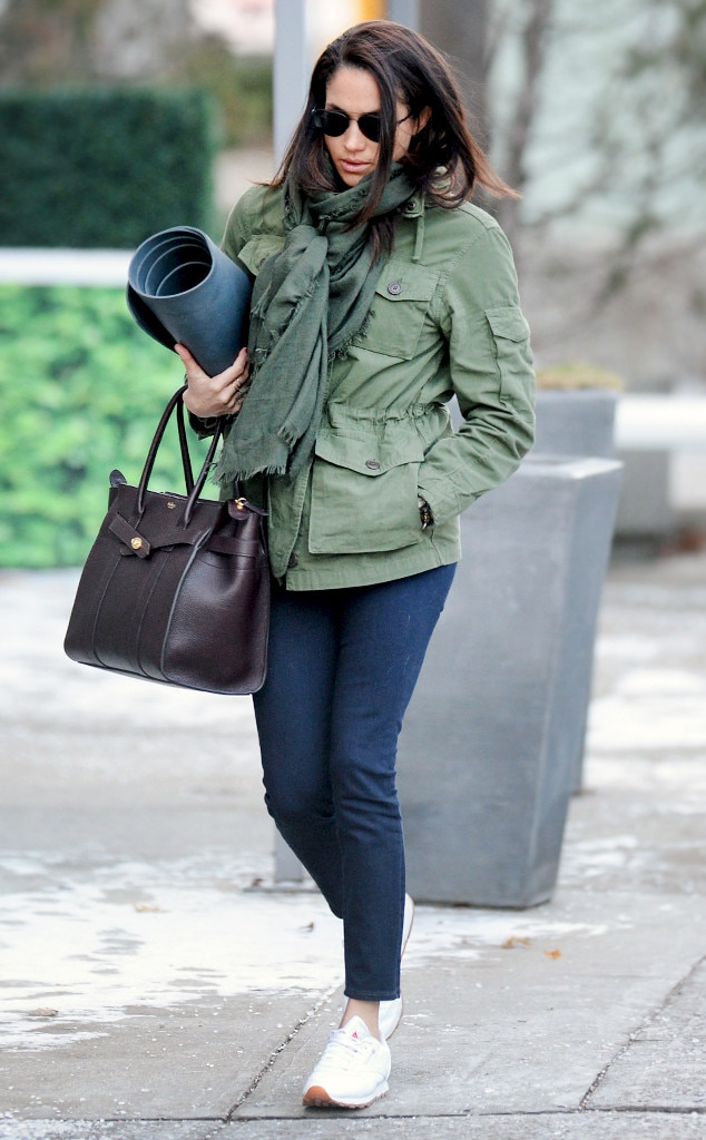 Another Day Another Yoga Class From Meghan Markle 39 S Yoga Obsession E News