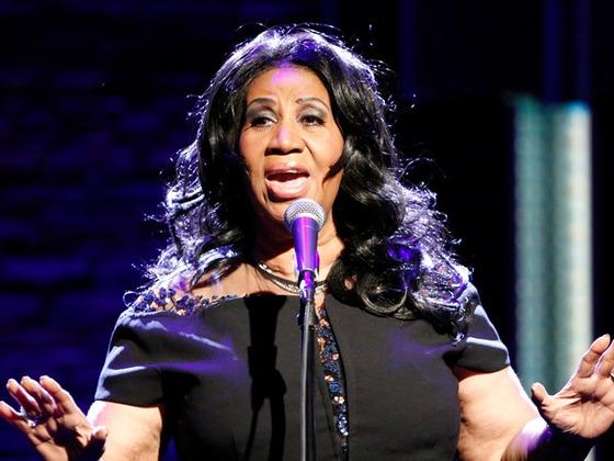 Aretha Franklin meurt à 76 ans : retour sur la vie de la reine de la soul en images
