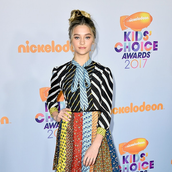 Lizzy Greene From Kids' Choice Awards 2017: Red Carpet
