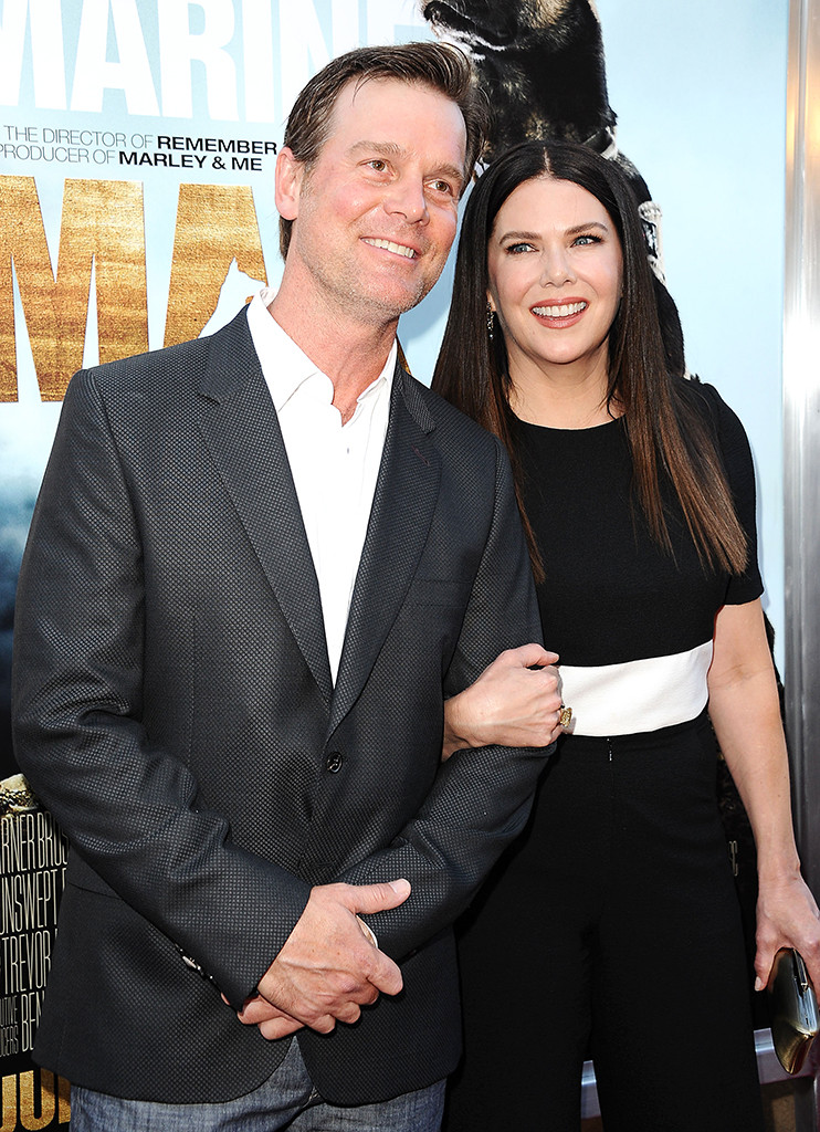 Lauren Graham comboa, namorado Peter Krause