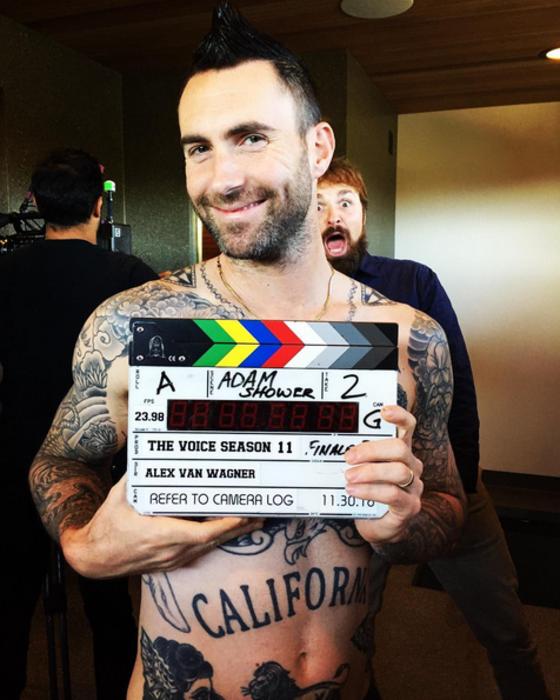 Adam Levine, Instagram