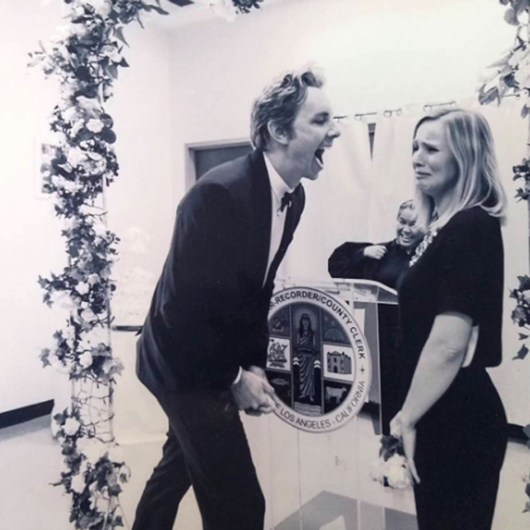 Kristen Bell Hilariously Celebrates Anniversary of Forgetting Her and Dax Shepard's Wedding Anniversary