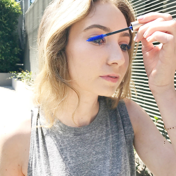 eb0ae1bf55c Blue Mascara Might Just Be Your New Signature Makeup Look | E! News