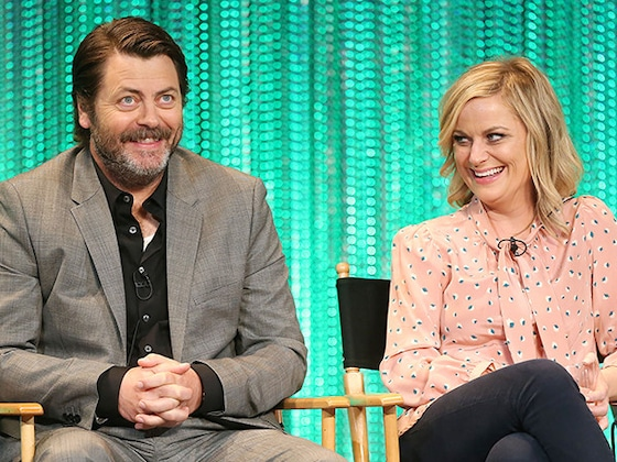 Nick Offerman & Amy Poehler's Craft Pun-Off Is Only the Latest Funny Moment From This Duo That We Can't Help But Love