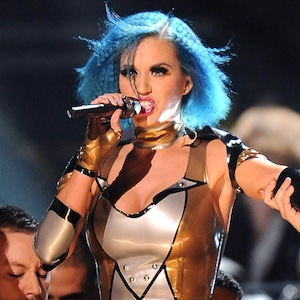 Katy Perry, 2012 Grammy Awards