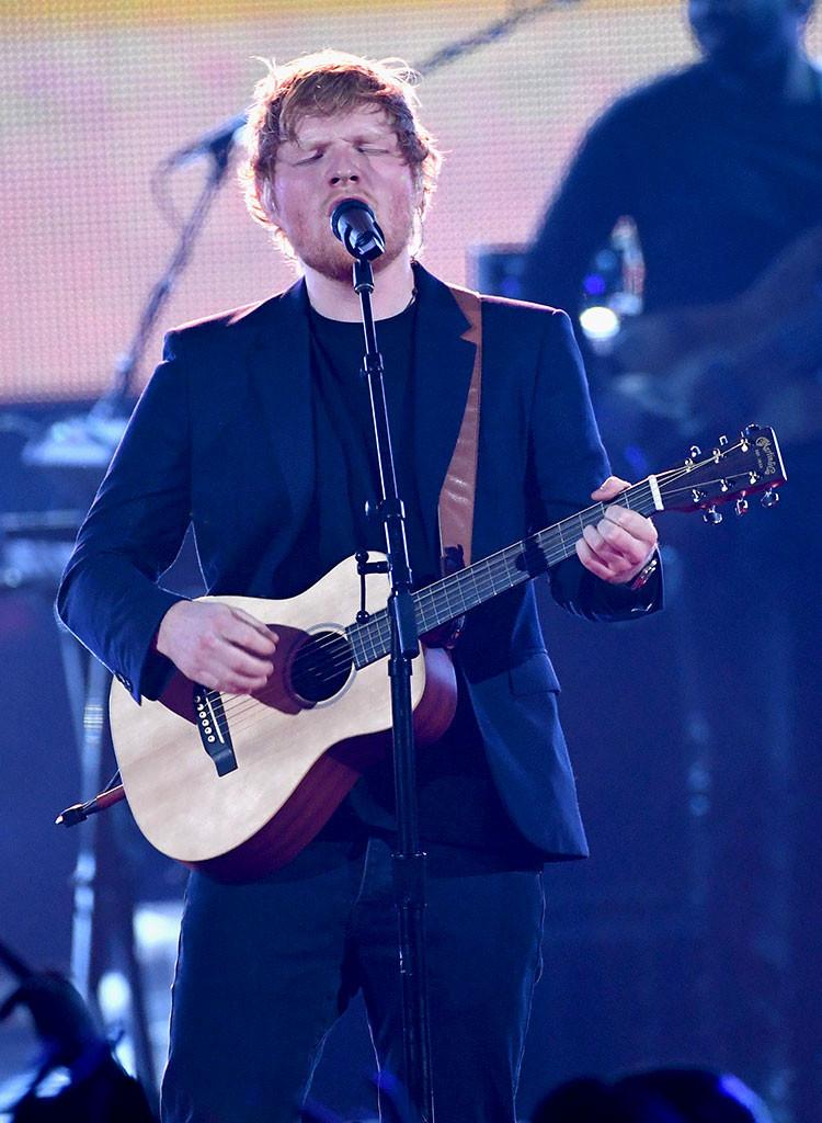 Ed Sheeran, 2017 iHeartRadio Music Awards, Show