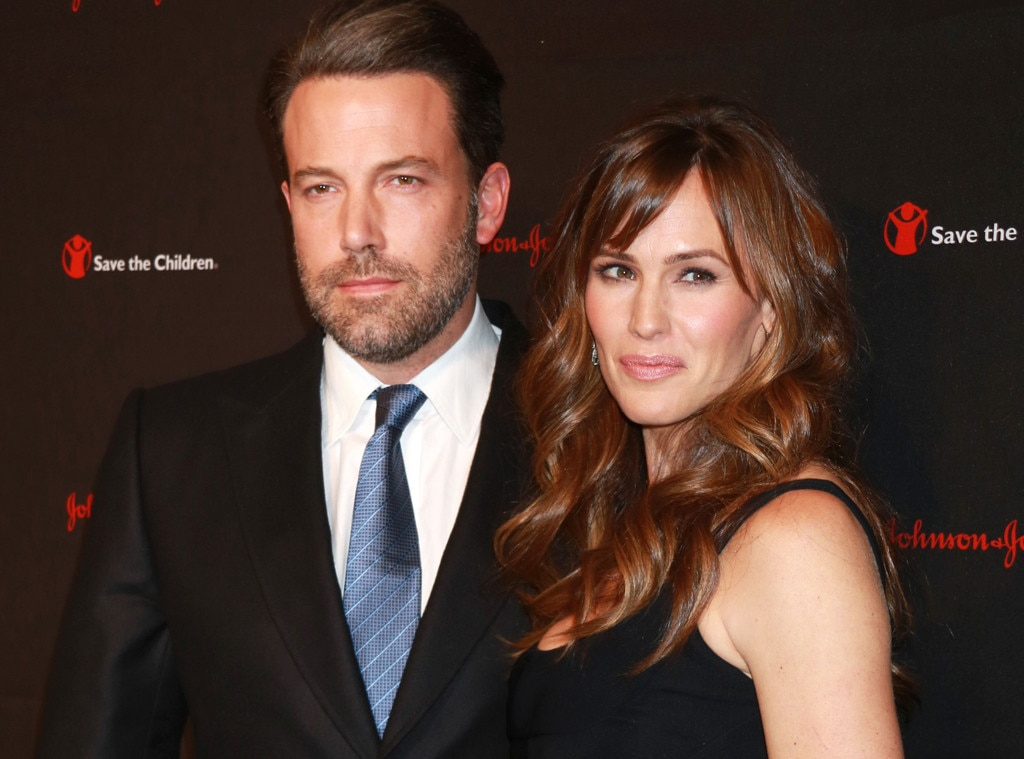 Ben Affleck and Jennifer Garner keep it classy as exes