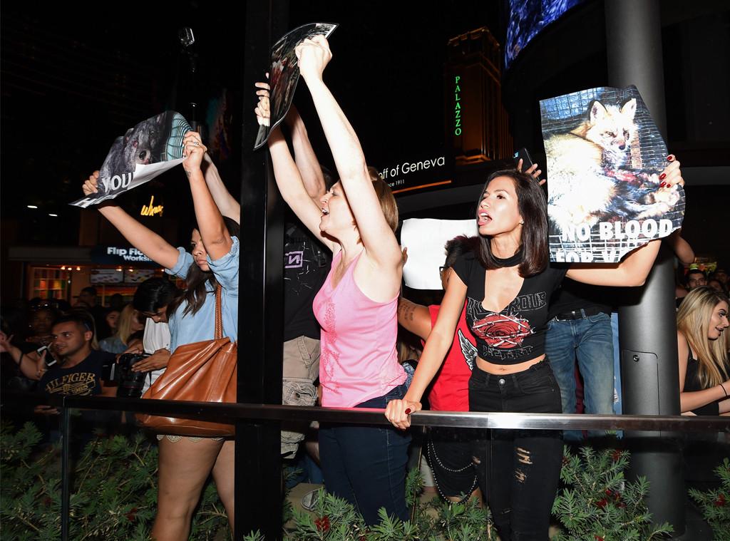 Kylie Jenner, Fur Protesters