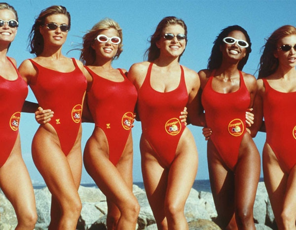 Heres What The Og Babes Of Baywatch Look Like Today  E News-9055