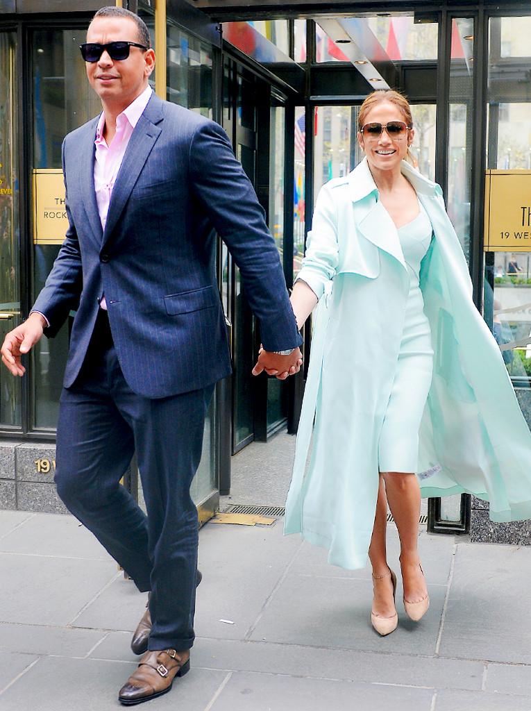 ESC: Jennifer Lopez, Alex Rodriguez, Couple Style