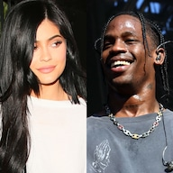 Travis Scott Serenades Kylie Jenner in Entrance of 20,000 Fans - E! NEWS
