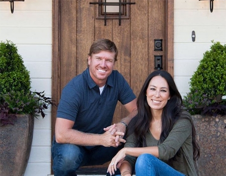 Joanna gaines not leaving hgtv 39 s fixer upper for the - Buying a fixer upper ...