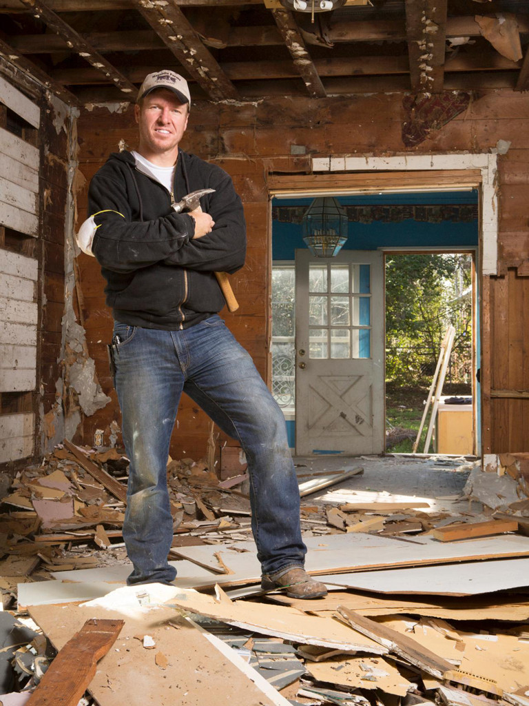 fixer upper star chip gaines comments on friends who reach out via 1 million lawsuit e news. Black Bedroom Furniture Sets. Home Design Ideas
