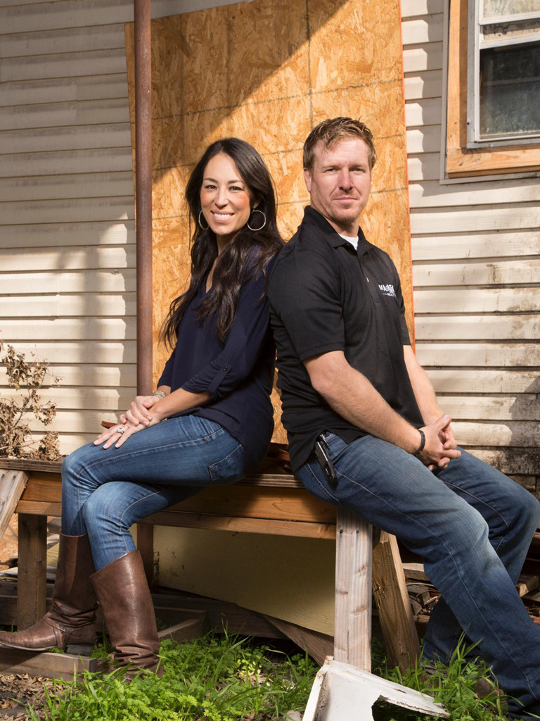the meteoric rise of hgtv 39 s chip and joanna gaines how they turned the family business into an. Black Bedroom Furniture Sets. Home Design Ideas