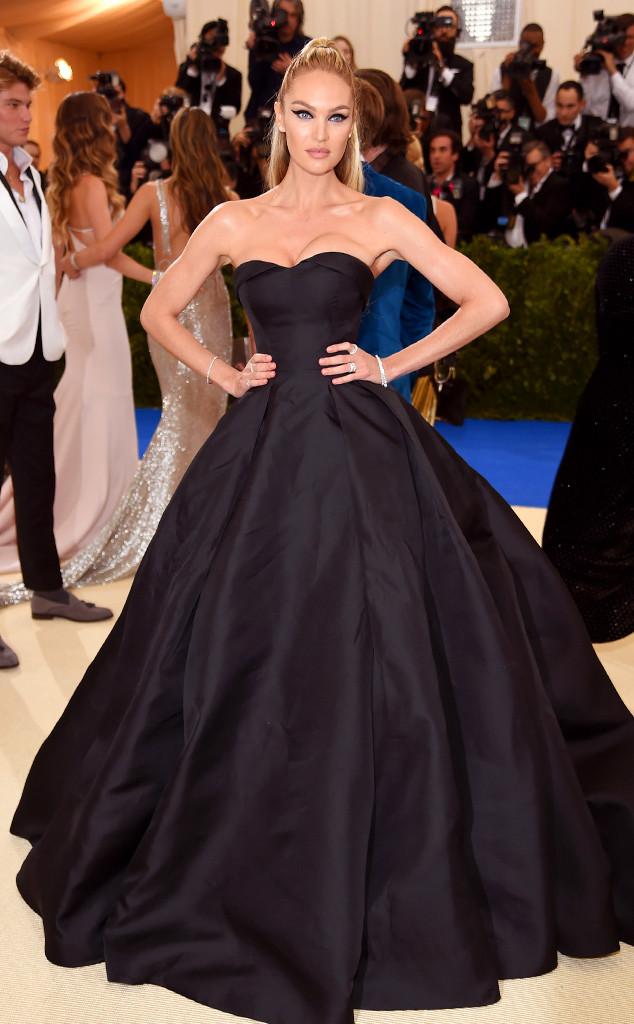Candice Swanepoel , 2017 Met Gala Arrivals