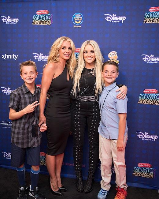 2017 Radio Disney Music Awards, Britney Spears, Sean Preston, Jayden James, Jamie Lynn Spears