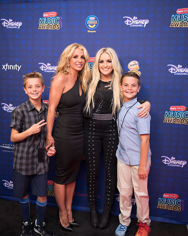2017 Radio Disney Music Awards, Britney Spears, Sean Preston, Jayden James, Jamie Lynn Spears