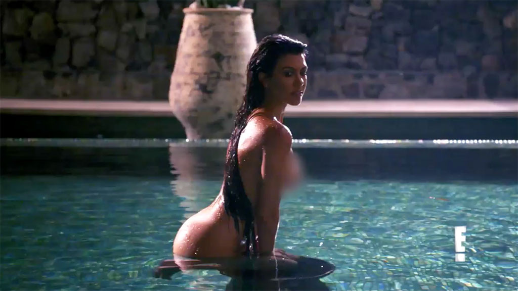 Kourtney Kardashian, Naked, KUWTK