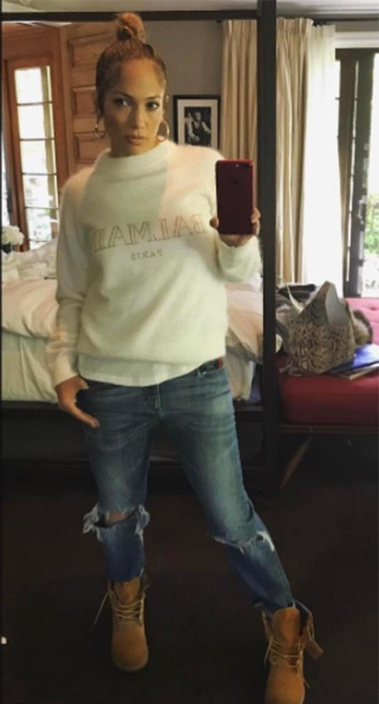 Jennifer Lopez, Instagram