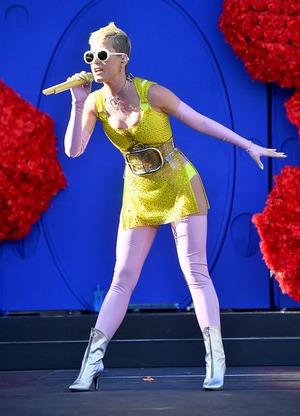 Katy Perry, Wango Tango