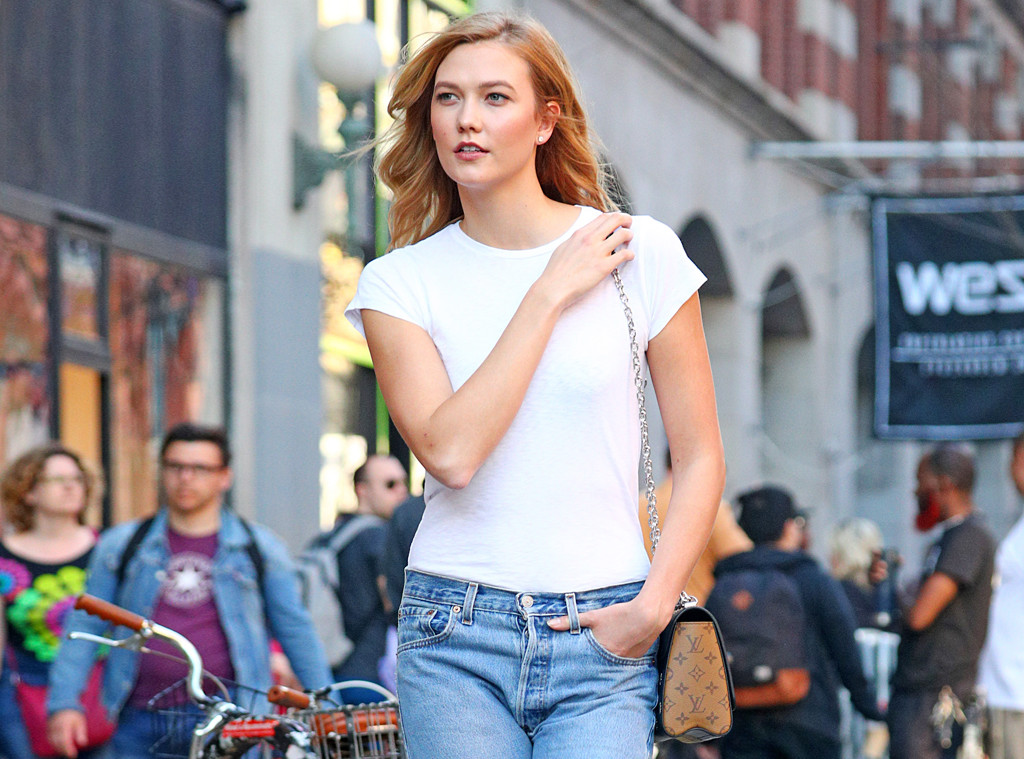7146f6277 Inside the Surprisingly Private World of Karlie Kloss | E! News