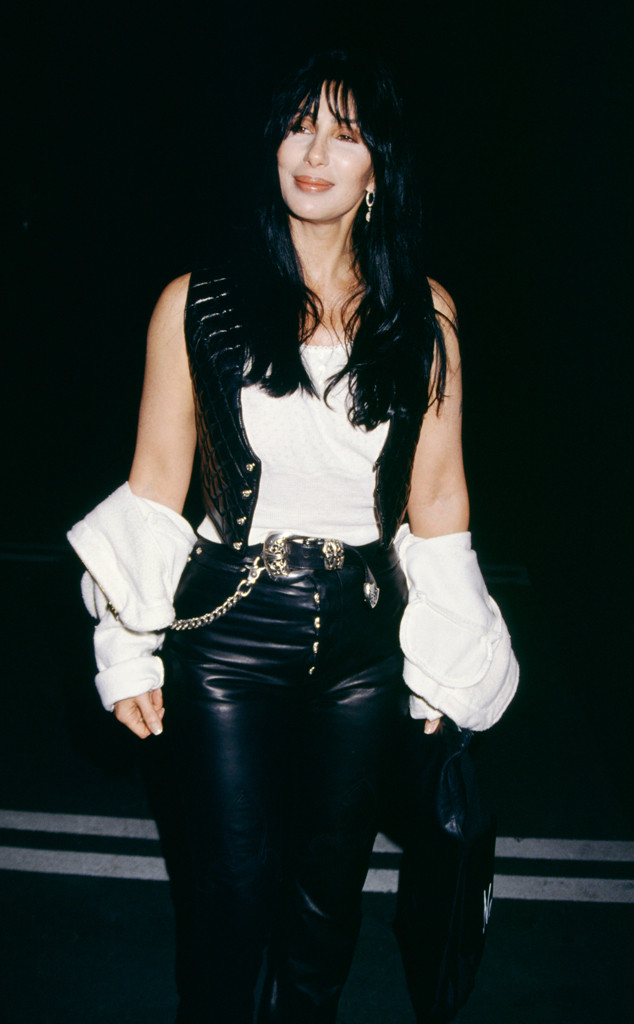 rs_634x1024-170518151208-634.Cher-Off-Shoulder-Shirt.jl.051817.jpg