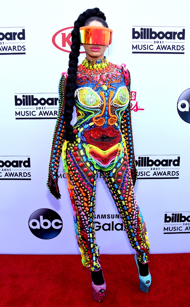 ESC: Billboard's Craziest Outfits, Musician Dencia