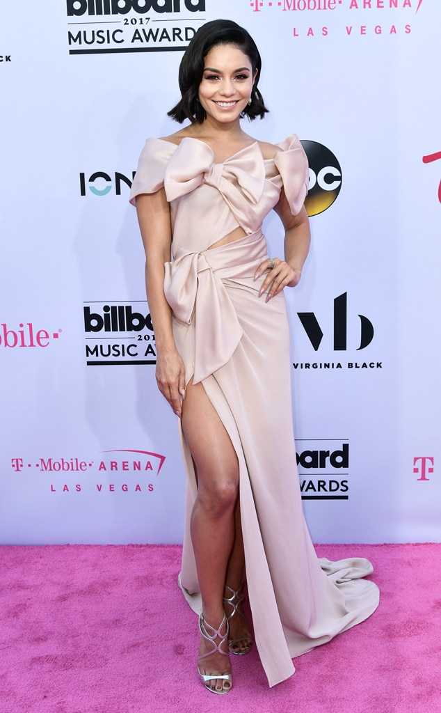 Vanessa Hudgens -  Marvelous in Marchesa!