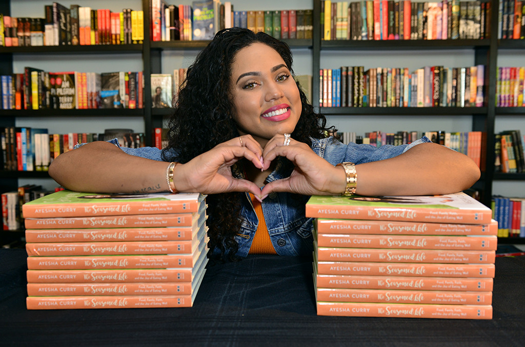 Ayesha Curry, Book Signing