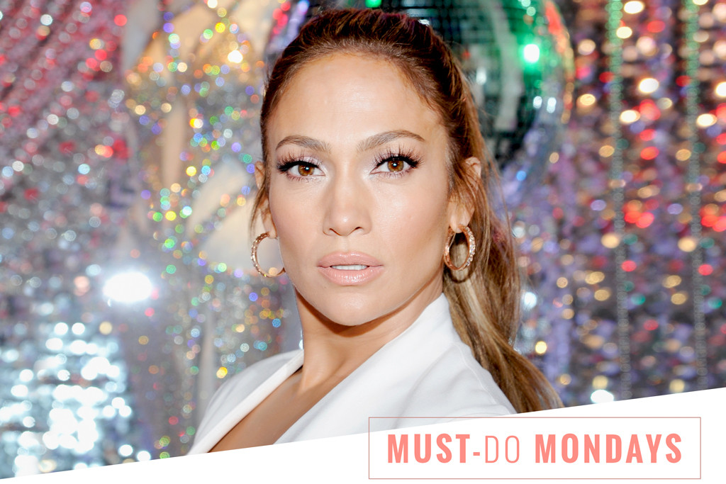 Jennifer Lopez's Makeup Artist Swears by These Face Wipes