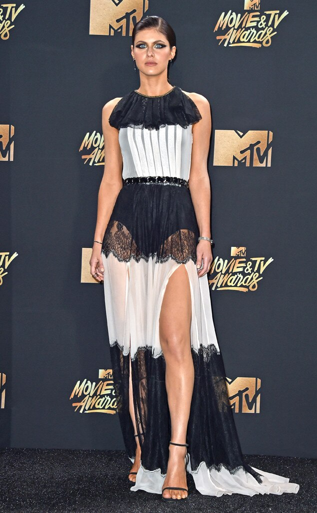 MTV Movie & TV Awards Fashion: Best and Worst Dressed ...