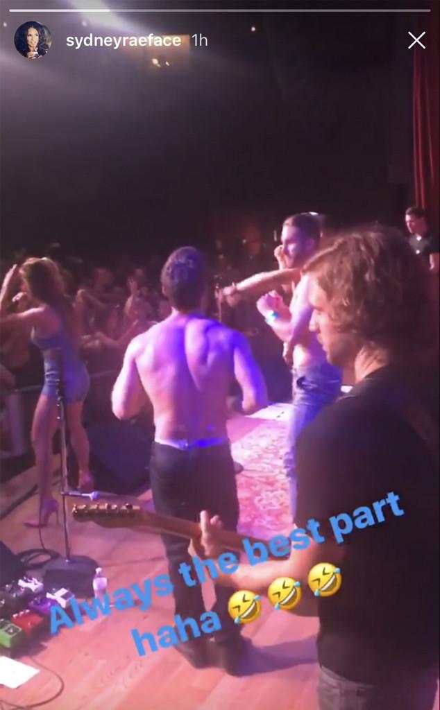 Shawn Booth, Jessie James Decker Show