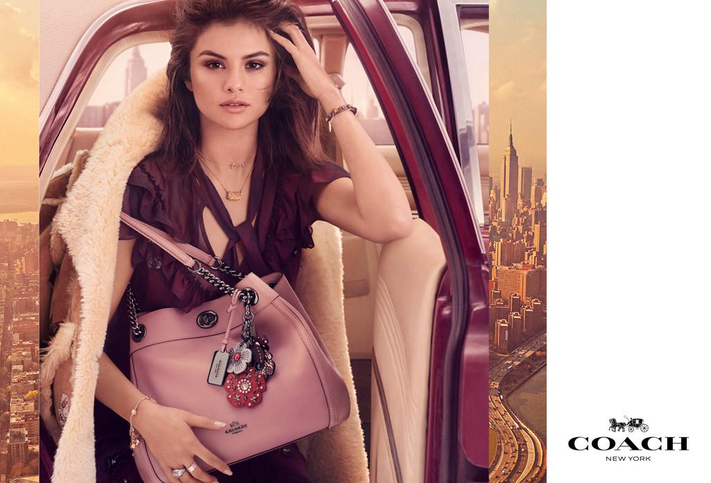 ESC: Selena Gomez, Coach