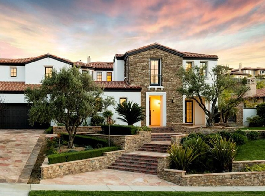 Kylie jenner 39 s real estate properties keeping up with the - House with a view ...