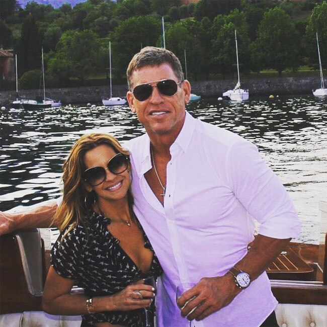 Who is troy aikman currently dating
