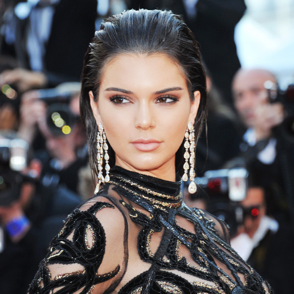 ESC: Smoky Eye Video, Kendall Jenner