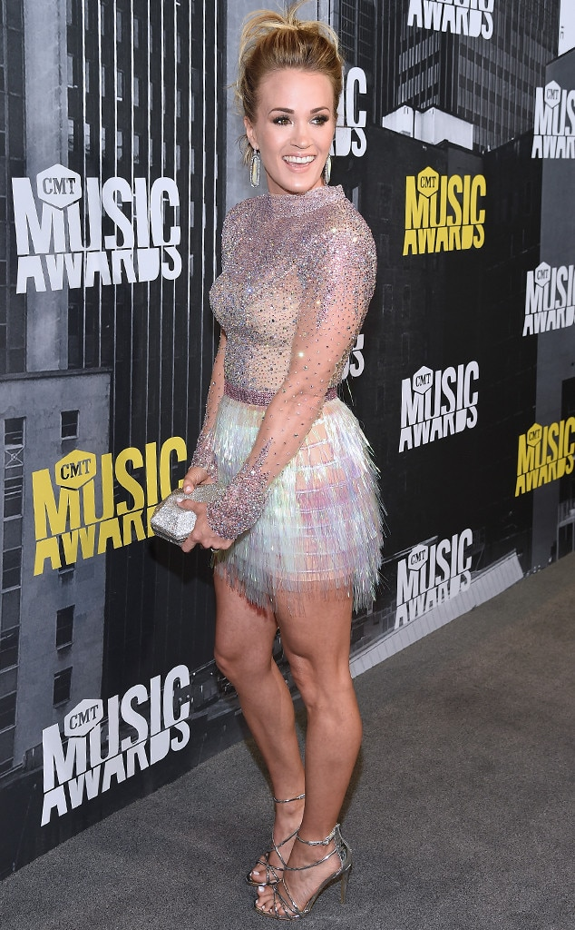 Carrie Underwood, 2017 CMT Music Awards