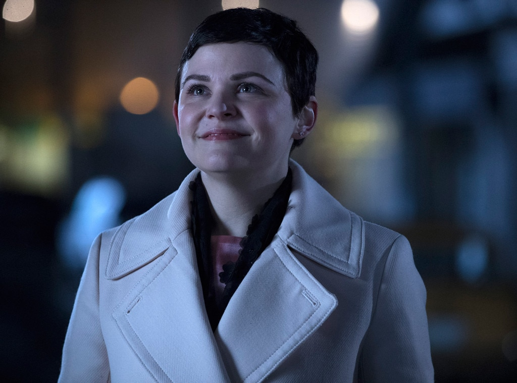 Out Ginnifer Goodwin From Once Upon A Time Season 7 Everything We