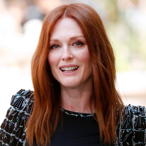 ESC: Doing It Wrong, Julianne Moore