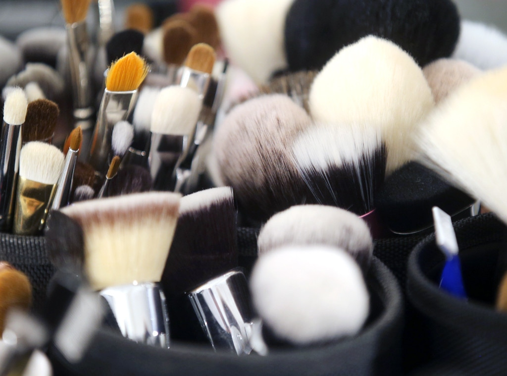 7 Makeup Brush Sets Worth Every Penny