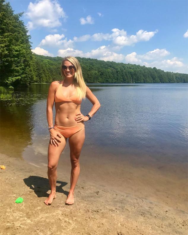 Carrie Underwood, Bikini