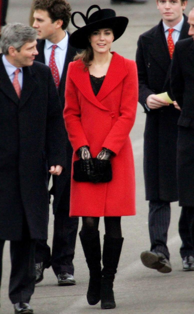 ESC: Kate Middleton, Style Story, December 2006