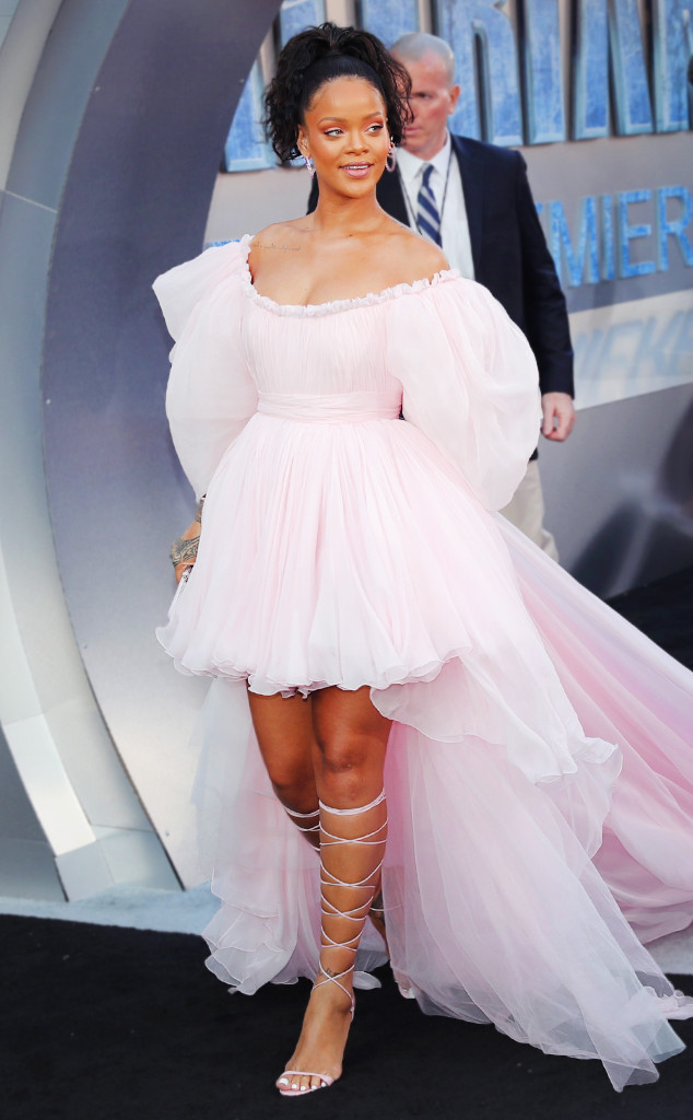 ESC: Rihanna, Giambattista Valli Haute Couture