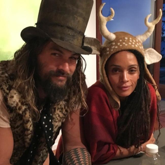 What Lisa Bonet Looks Like Now Photos: Lisa Bonet Surprises Jason Momoa On The Aquaman Set For