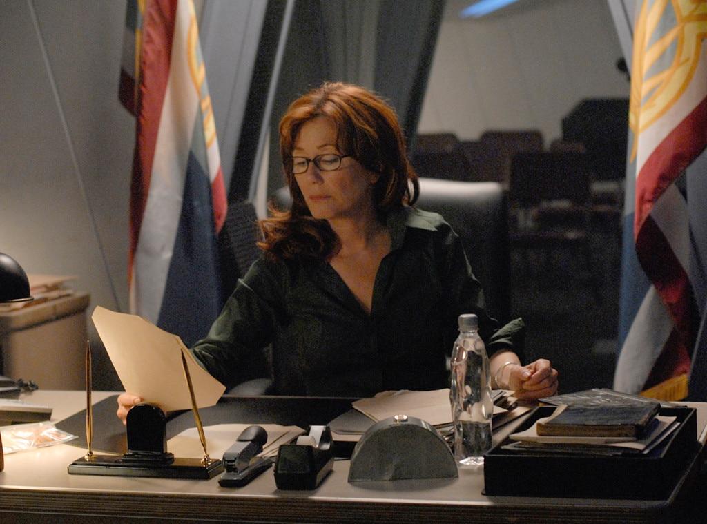 Mary McDonnell, Battlerstar Galactica